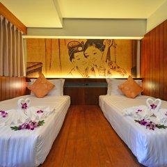 Отель Lap Roi Karon Beachfront 4* Улучшенный номер разные типы кроватей