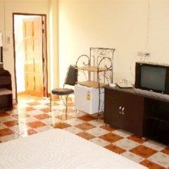 Отель Puerta Del Sol Rooms Phuket удобства в номере фото 2