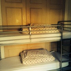 The Grapevine Seafront - Hostel Кровать в общем номере