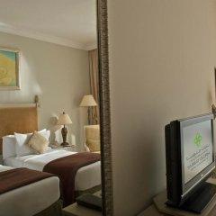Mercure Dubai Barsha Heights Hotel Suites комната для гостей фото 10