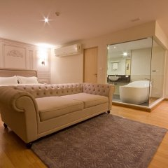 Thee Bangkok Hotel 3* Люкс с различными типами кроватей