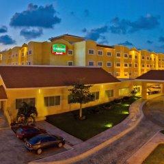 Отель Courtyard By Marriott Cancun Airport экстерьер