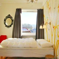 Отель Marken Guesthouse Стандартный номер