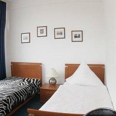 Hotel Schwarzer Bär 3* Стандартный номер с двуспальной кроватью (общая ванная комната)