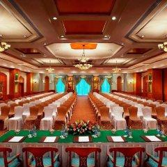 Carlton Palace Hotel конференц-зал