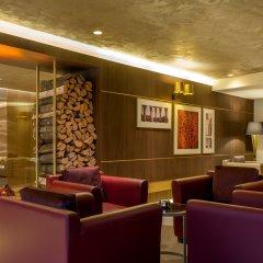 DoubleTree by Hilton Hotel Yerevan City Centre лобби лаундж фото 2
