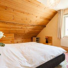 Отель Guesthouse Maison de la Rose 3* Стандартный семейный номер с различными типами кроватей