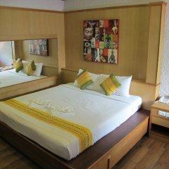 Отель Kata Garden Resort 3* Улучшенный номер с двуспальной кроватью