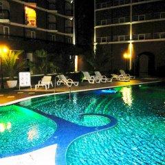 Отель Bahami Residence бассейн