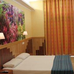Отель Hostal Boqueria Стандартный номер с двуспальной кроватью