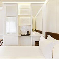 H10 Montcada Boutique Hotel 3* Улучшенный номер с различными типами кроватей фото 10