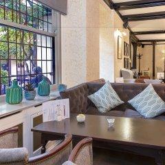Best Western Red Lion Hotel гостиничный бар