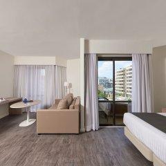 Отель Meliá Palma Marina 4* Стандартный семейный номер с различными типами кроватей