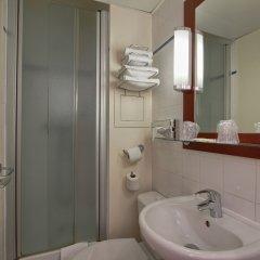 Отель Timhotel Montmartre Париж ванная фото 7