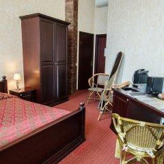 Hotel Monte-Kristo 4* Улучшенный номер с двуспальной кроватью