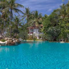 Отель Thavorn Beach Village Resort & Spa Phuket открытый бассейн фото 2