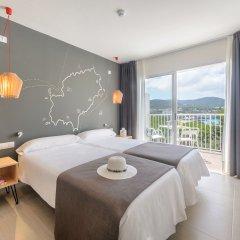 Hotel Playasol Cala Tarida 3* Стандартный номер с 2 отдельными кроватями