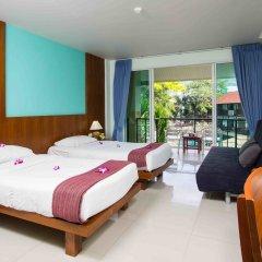 Отель Baan Karon Resort 3* Улучшенный номер с различными типами кроватей фото 3