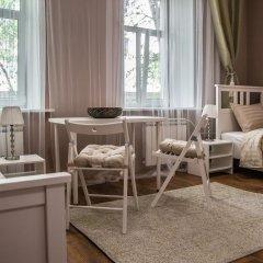 Хостел Есенин Стандартный семейный номер с двуспальной кроватью фото 11