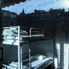 360 Hostel Barcelona Кровать в общем номере с двухъярусной кроватью