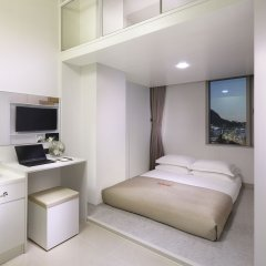 STAZ Hotel Myeongdong II 3* Номер-дюплекс семейный с различными типами кроватей