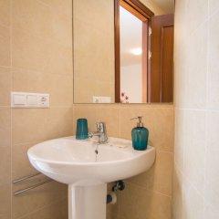 Апартаменты Holidays2Malaga Juan de Mena Apartments раковина ванной комнаты
