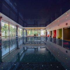 Отель Crowne Plaza Antwerp Антверпен бассейн