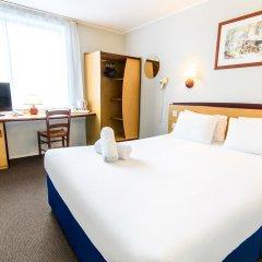 Отель Campanile Manchester 2* Стандартный номер с двуспальной кроватью