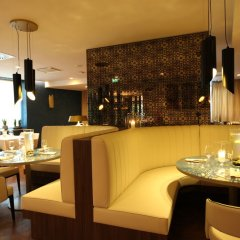 DoubleTree by Hilton Hotel Yerevan City Centre ресторан фото 3