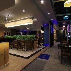 The Crystal Beach Hotel вестибюль отеля
