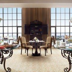 Отель The Ritz-Carlton Cancun представительский лаундж фото 2