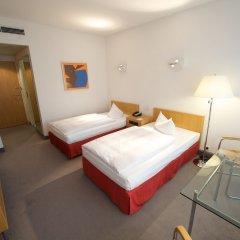 Отель Holiday Inn Berlin City-West 4* Стандартный номер с различными типами кроватей