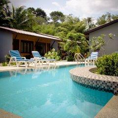 Отель Phuket Siam Villas открытый бассейн