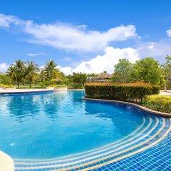 Отель Angsana Villas Resort Phuket открытый бассейн