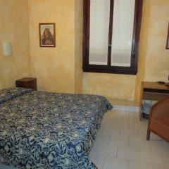 Hotel Lombardi 2* Стандартный номер с двуспальной кроватью