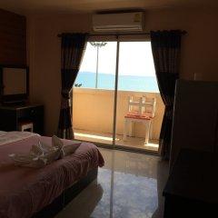 Отель Wilai Guesthouse 2* Улучшенный номер с различными типами кроватей