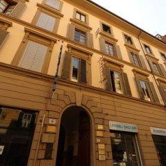 Отель Tourist House Liberty Италия, Флоренция - отзывы, цены и фото номеров - забронировать отель Tourist House Liberty онлайн вид на фасад