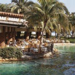 Отель The Fairmont Acapulco Princess пляж