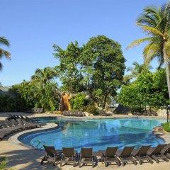 Отель The Fairmont Acapulco Princess бассейн