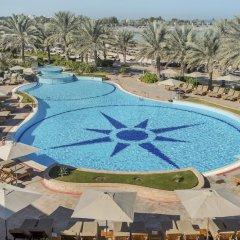 Radisson Blu Hotel & Resort открытый бассейн