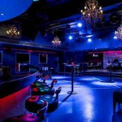 Radisson Blu Hotel & Resort ночной клуб