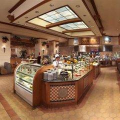 Отель Riviera Hotel & Casino США, Лас-Вегас - 8 отзывов об отеле, цены и фото номеров - забронировать отель Riviera Hotel & Casino онлайн питание фото 3
