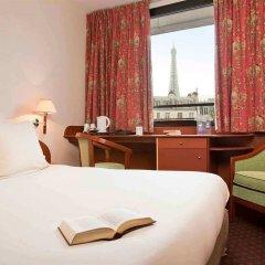 Отель Mercure Paris Tour Eiffel Grenelle 4* Улучшенный номер с различными типами кроватей фото 3