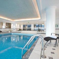 Отель Hilton Paris Charles De Gaulle Airport бассейн фото 3
