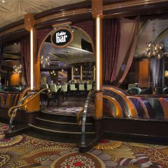 Отель SKYLOFTS at MGM Grand гостиничный бар