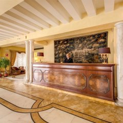 Hotel Continental ресепшен