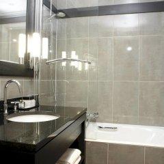Отель Hôtel California Champs Elysées ванная фото 2