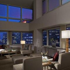 Отель Flatotel New York City США, Нью-Йорк - отзывы, цены и фото номеров - забронировать отель Flatotel New York City онлайн гостиничный бар