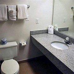 Отель Fremont Plaza Hotel Las Vegas США, Лас-Вегас - отзывы, цены и фото номеров - забронировать отель Fremont Plaza Hotel Las Vegas онлайн ванная