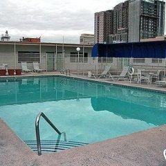 Отель Fremont Plaza Hotel Las Vegas США, Лас-Вегас - отзывы, цены и фото номеров - забронировать отель Fremont Plaza Hotel Las Vegas онлайн бассейн
